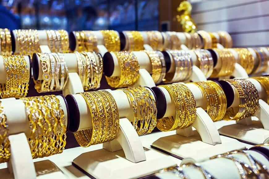 Gold Ringe in einem Shop in Dubai